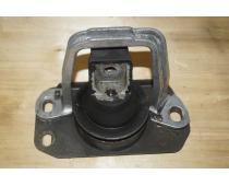 Подушка двигателя правая Renault Trafic (Vivaro, Primastar) 1.9 Б/У