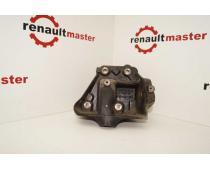 Кронштейн підвісного підшипника 2.5DCI Renault Trafic 2007-2010 Б/У image 1