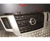 Решітка радіатора Nissan NV400 14- OE Б/У (без логотипа) image 1
