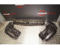 Кріплення бампера і решітки радіатора праве Renault Trafic (Vivaro, Primastar) 2006-20014 Б/У image 1