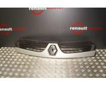 Решітка радіатора Renault Master 2007-2010 Б/У image 1