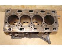 Блок двигателя Renault Master 2.5 (Movano, Interstar) 2003-2010 Б\У