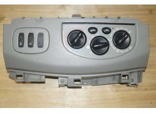 Перемикач пічки з кондиціонером Renault Trafic (Vivaro, Primastar) Б/У image 1
