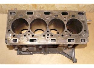 Блок двигателя Renault Master 2.5 (Movano, Interstar) 2003-2010 Б\У image 1