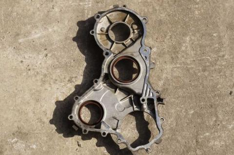 Кришка закривання шестерень ГРМ 2.5 DCI Renault Master (Movano,Interstar) 2003-2010 Б/У image 3 | Renaultmaster.com.ua