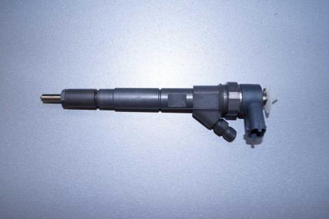 Форсунка Renault Master 2.2 Bosch image 3 | Renaultmaster.com.ua
