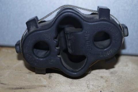 Подушка кріплення вихлопної труби Renault Master 2.3 (Movano,NV 400) 2010- Б/У image 1