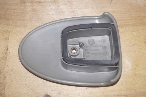 Ручка обмежувача задніх дверей Renault Trafic (Vivaro, Primastar) Б/В image 5   Renaultmaster.com.ua