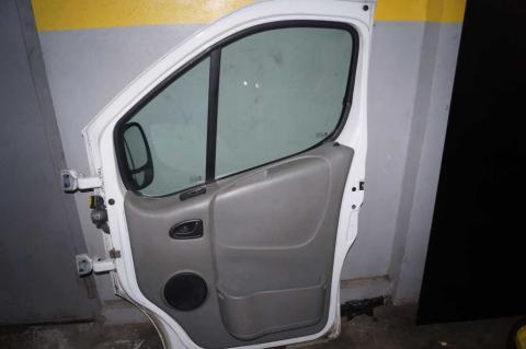 Двери передние в сборе Renault Trafic (Vivaro, Primastar) R Б/У image 2 | Renaultmaster.com.ua