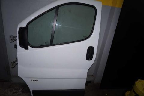Двери передние в сборе Renault Trafic (Vivaro, Primastar) L Б/У image 1 | Renaultmaster.com.ua