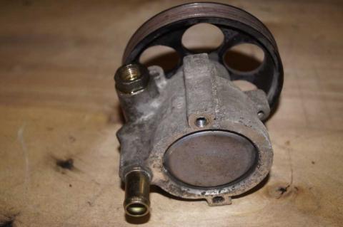 Насос гідропідсилювача Renault Trafic (Vivaro, Primastar) 1.9 +кондиціонер Б/У image 4 | Renaultmaster.com.ua