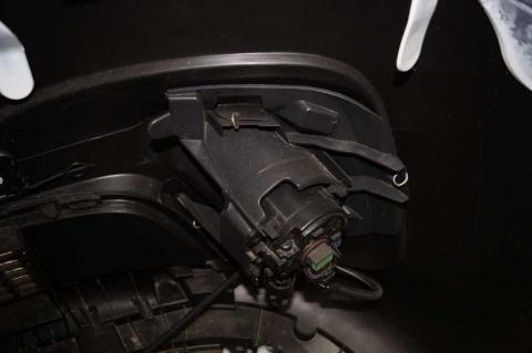 Бампер передній з протитуманками Renault Trafic III OE Б/У image 6 | Renaultmaster.com.ua