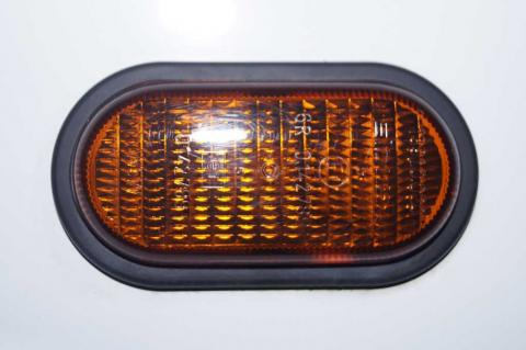 Поворотоповторювач в крило Renault Trafic (Vivaro, Primastar) Б/У image 2 | Renaultmaster.com.ua