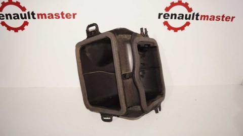 Патрубок воздушного фильтра (забор воздуха) левый Renault Trafic 1.6 Б/У image 1 | Renaultmaster.com.ua