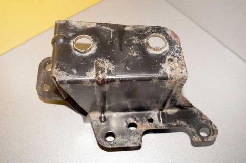 Кронштейн кріплення блока ABS Renault Master (Movano, Interstar) 2003-2010 Б/У image 1   Renaultmaster.com.ua