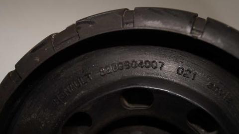 Подушка амортизатора Renault Trafic 1.6 Б/У image 5 | Renaultmaster.com.ua