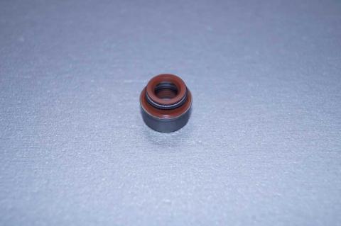 Сальник клапана Renault Trafic 1.9 Elring image 4