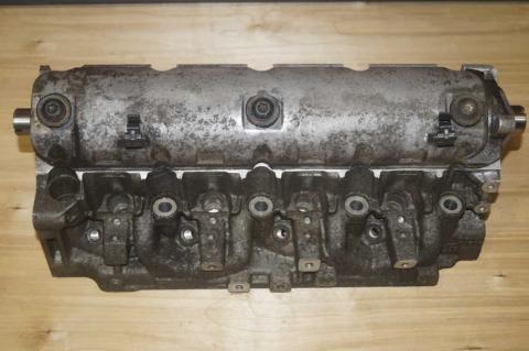 Головка блока цилиндров комплектная Renault Trafic (Vivaro, Primastar) 1.9 Б/У image 1 | Renaultmaster.com.ua