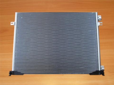 Радіатор кондиціонера (довгий) без осушувача Renault Trafic II 2.0 2007- Б/У image 1 | Renaultmaster.com.ua