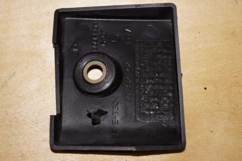 Декор на задней нижней завес левый Renault Master (Opel Movano,Nissan Interstar) 1998-2010 Б/У image 2   Renaultmaster.com.ua