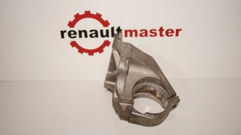 Кронштейн крепления подвесного подшипника правой напіввісі Renault Trafic 1.6 Б/У image 1 | Renaultmaster.com.ua