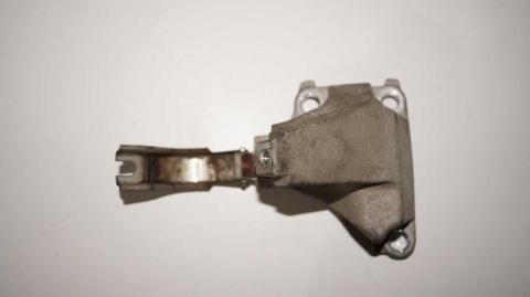 Кронштейн крепления подвесного подшипника правой напіввісі Renault Trafic 1.6 Б/У image 5 | Renaultmaster.com.ua