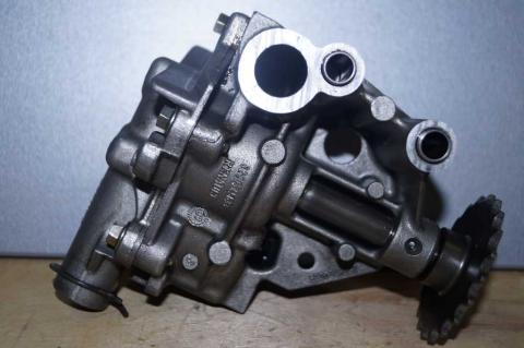 Масляный насос Renault Master 2.3 (Movano,NV 400) 2010 - Б/У image 3