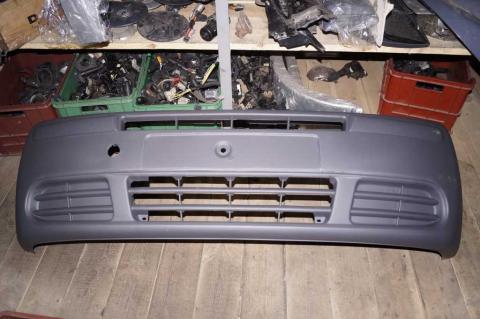 Бампер Renault Trafic Polcar до 2007 передній image 1