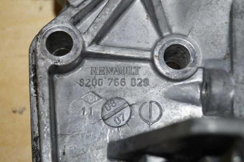 Кронштейн до головки 2.5 DCI Renault Master (Opel Movano,Nissan Interstar) 2003-2010 Б/У image 4   Renaultmaster.com.ua