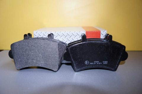 Дискові гальмівні колодки Renault Master ABS перед r16 без датчику image 1 | Renaultmaster.com.ua