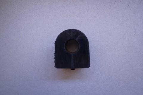 Втулка переднього стабілізатора Renault Trafic OE image 3 | Renaultmaster.com.ua