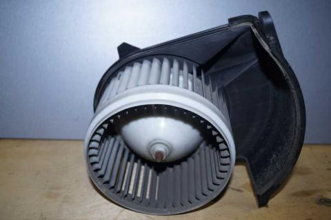 Моторчик пічки Renault Master 2.3 (Movano,NV 400) 2010- Б/У image 3