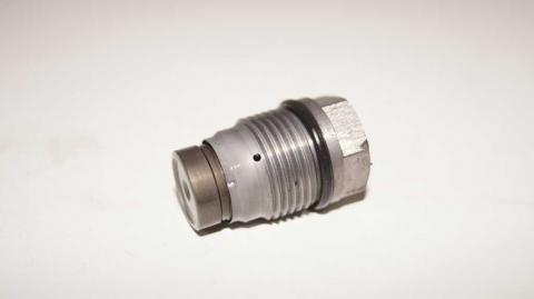 Аварийный клапан сброса топлива в рейке Renault Trafic 1.6 Б/У image 3 | Renaultmaster.com.ua