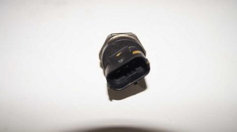Датчик давления топливной рейки Renault Trafic 1.6 Б/У image 3 | Renaultmaster.com.ua