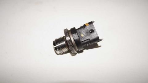 Датчик давления топливной рейки Renault Trafic 1.6 Б/У image 4 | Renaultmaster.com.ua