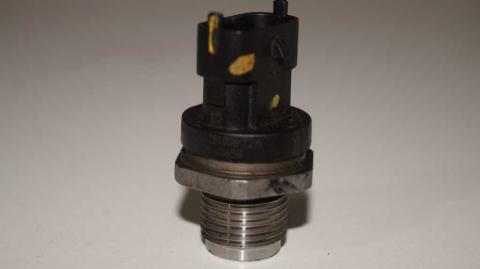 Датчик давления топливной рейки Renault Trafic 1.6 Б/У image 5 | Renaultmaster.com.ua