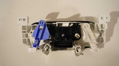 Переключатель печки с кондиционером Renault Trafic 1.6 Б/У image 3 | Renaultmaster.com.ua