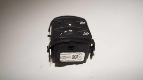 Регулятор корректора фар в салоне Renault Trafic 1.6 Б/У image 4 | Renaultmaster.com.ua