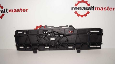 Крепление правой подножки передних дверей Renault Trafic 1.6 Б/У image 2   Renaultmaster.com.ua