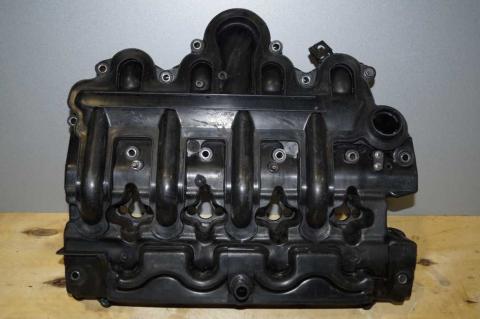 Клапанна кришка 2.5 DCI Renault Master (Movano,Interstar) 2003-2010 Б/У image 1 | Renaultmaster.com.ua